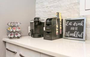 the-grove-apartments-orlando-fl-coffee-bar (1)